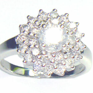 Anillo de diamantes de 1.29 ct en oro blanco de 14 k