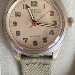 Reloj de hombre Helbros Swiss Field vintage.  El 1945.
