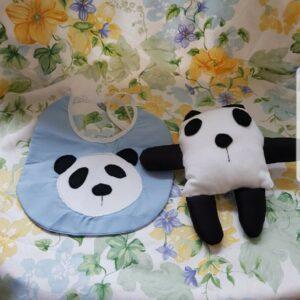 Babero para bebés hecho a mano